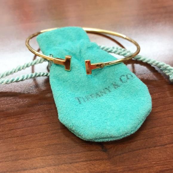 01966d354 Tiffany T narrow wire bracelet in 18k gold, medium.  M_5b698b94dcfb5a113964e33b